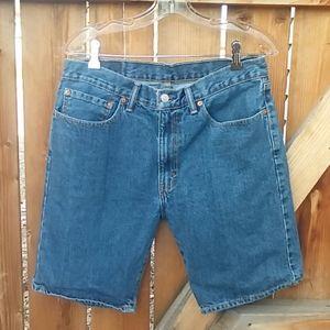Levis 505 denim shorts size 33